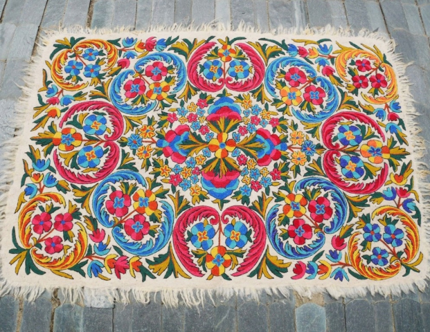 Namda making is a rare and unique craft where in splendid floor pieces are made from wool by practice of felting the wool rather then weaving it. It is a traditional colorful floor covering.
